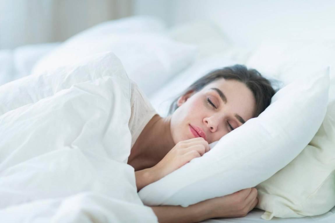 7 atitudes que vão ajudar você a dormir em um piscar de olhos